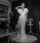 עיצוב שמלת כלה מבוגרת המדרשה